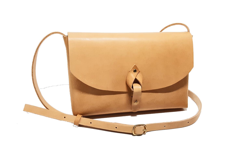 lady-shoulder-bag-natural-leather